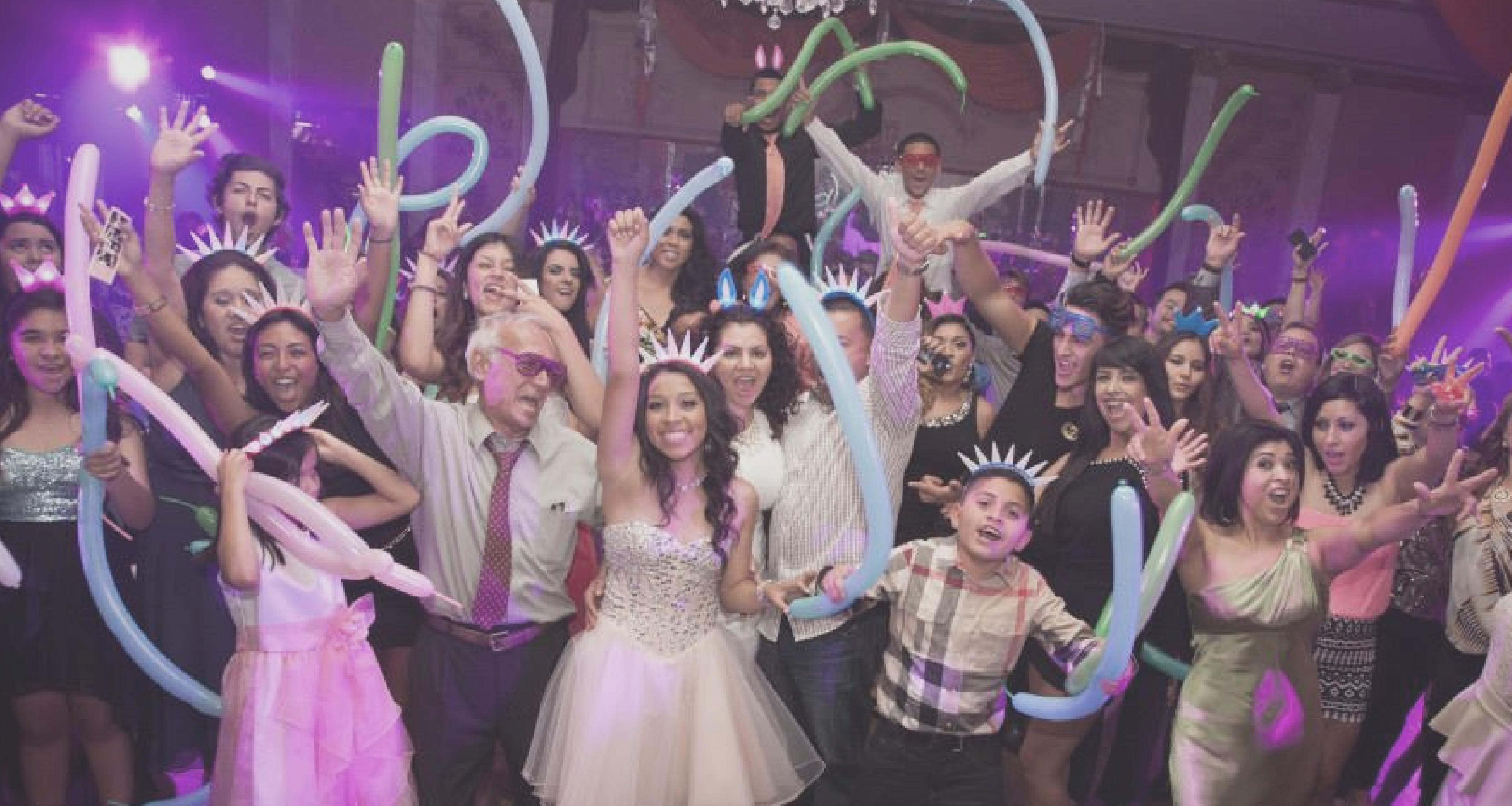 Plan a Quinceanera with Mariachi Alegre de Tucson this summer [Source: Quinceanera.com]